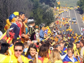 El tram 343 es va omplir integrament amb elements festius del folklore català vinguts d'arreu J. RAMOS