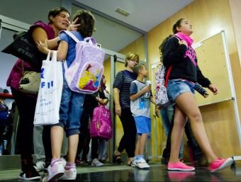 Primer dia de classe a l'escola Calderón de la Barca a Nou Barris de Barcelona.  ARXIU/ALBERT SALAMÉ