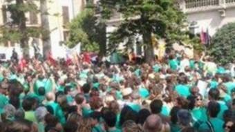 Manifestants davant del Consolat de Mar, a Palma TWITTER @CUP_NACIONAL