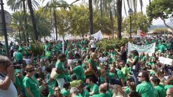 Protesta contra Bauzá, a Palma.  EFE / ORIOL DURAN
