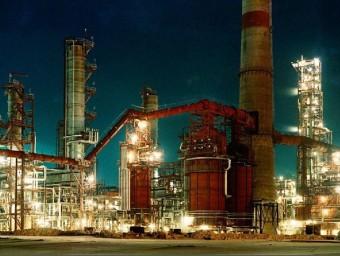 La indústria petroquímica és una de les més potents de la regió d'Omsk.  ARXIU