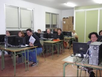 Els cursos de català per adults proposen diversos nivells.