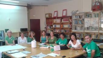 Un grup de mestres en vaga contra el decret del trilingüisme, ahir durant una reunió de l'assemblea de docents de l'escola Aina Moll de Palma R.G.A