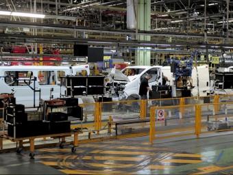 La planta de Nissan de la Zona Franca de Barcelona exporta arreu d'Europa.  ARXIU/ JOSEP LAGO /AFP