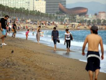 La platja de Barcelona , un dia d'aquest mes d'octubre QUIM PUIG