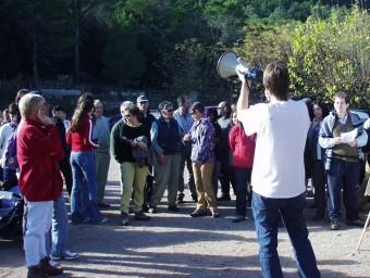 Una de les moltes protestes (aquí en una fotografia del 2002) contra la urbanització projectada a la vall de la Magdalena EL PUNT AVUI