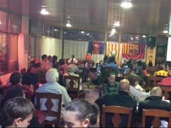 Membres de la penya berguedana , durant el Barça-Madrid que els de Tata Martino van guanyar al Camp Nou PB CASTELLAR DE N'HUG