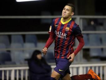 Tonny Sanabria, celebrant el seu gol en el partit contra el Las Palmas, l'únic que ha marcat amb el filial blaugrana QUIM PUIG