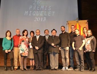 Imatge dels guardonats a les instal·lacions del Teatre Micalet. EL PUNT AVUI