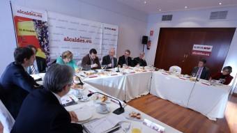 Un moment del debat sobre el Dret a decidir celebrat ahir a l'hotel Avenida Palace de Barcelona QUIM PUIG
