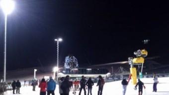 Les pistes de La Masella , preparades perquè s'hi pugui esquiar de nit. JORDI CASAS