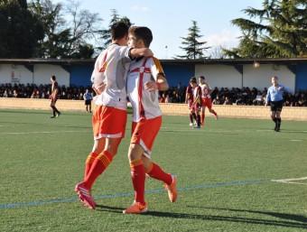 Dos jugadors de Catalunya celebrant un gol, ahir FCF