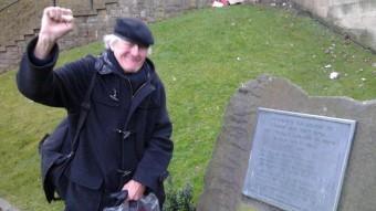L'historiador Ian Wood va ser un dels promotors de la placa de record als brigadistes escocesos que s'alça avui a Edimburg Ò.P.J