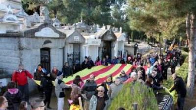 Unes 200 persones concentrades al cementiri de Prada del Conflent ACN