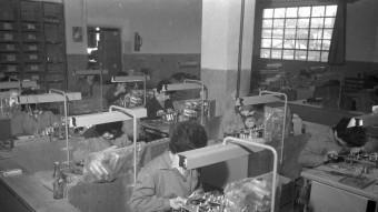 Un taller industrial de postguerra  AJUNTAMENT DE gIRONA - SGDAP / ACGAX. Servei d'Imatges. Col·lecció d'imatges de Josep M. Dou Camps
