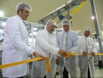 Visita a la nova línia de producció de Hartmann a Mataró.  T.M