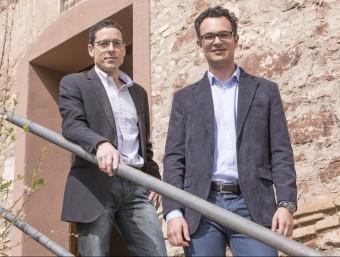Pere Flores i Albert Díez, a l'entrada del Molí Fariner a Martorell.  ALBERT SALAMÉ