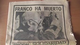 Una de les portades històriques de Solidaridad Nacional: la de la mort de Franco. El diari desapareix el 1979. ARXIU
