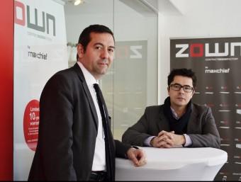 Els fundadors de Maxchief Europe, Pep Garcia i Joan Echevarria, a la seu de l'empresa  JUDIT TORRES