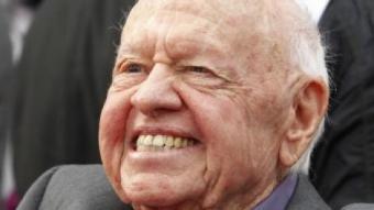 Mickey Rooney en una imatge d'arxiu del 2012  FRED PROUSER-REUTERS / ARXIU