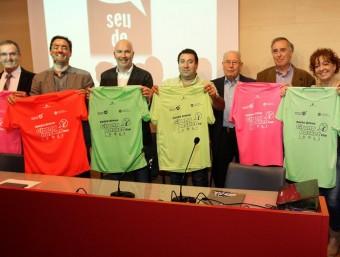 Els promotors i representants de les institucions col·laboradores, ahir a la Diputació de Girona LLUÍS SERRAT