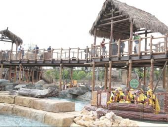 Port Aventura va obrir divendres amb una nova atracció aquàtica JUDIT FERNÀNDEZ
