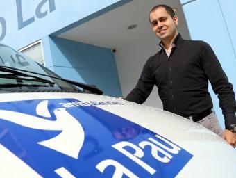 El director financer del grup La Pau, Jordi Alonso, a la seu de la cooperativa.  QUIM PUIG