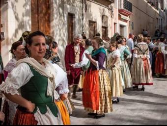 Aplec de danses d'una anterior edició a la vila. EL PUNT AVUI