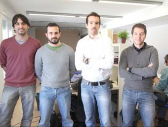 El director general Joel Vicient (camisa blanca), acompanyat dels tres altres responsables de Captio.  JUDIT FERNANDEZ