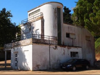 Una imatge de l'edifici de Ca l'Acerbi, a Tossa de Mar EL PUNT AVUI