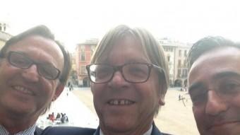 'Selfie' de Vila d'Abadal, Verhofstadt i Tremosa. ARXIU