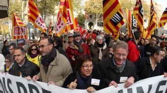 Una de les múltiples protestes ciutadanes, en aquest cas a Girona, que s'han celebrat els últims temps en contra de les reformes i de les retallades LLUÍS SERRAT / ARXIU