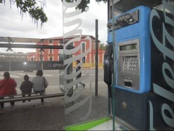 Un dels terminals que encara hi ha operatius a la carretera Santa Eugènia, a Girona. U.COMAS
