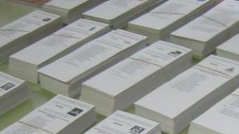 Les entitats a l'exterior calculen que més de la meitat dels residents a l'estranger encara no ha rebut les paperetes ARXIU