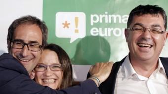 Jordi Sebastià amb els diputats de Compromís Mónica Oltra i Enric Morera AGÈNCIES