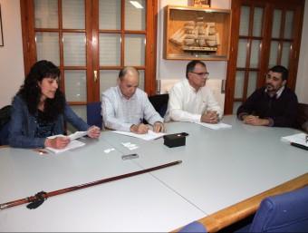 Una imatge del ple de Massanes del maig de 2014. L'alcalde, Joan Pou, és a la dreta de tot JOAN SABATER