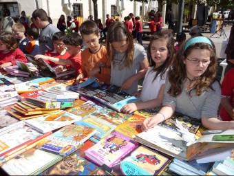 Parada de llibres per a infants.