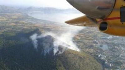 Vista aèria de l'incendi al Puig de Son Sant Martí IBANAT