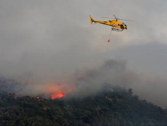 Una imatge del gran incendi que va afectar l'Alt Empordà el juliol de 2012. LLUÍS SERRAT
