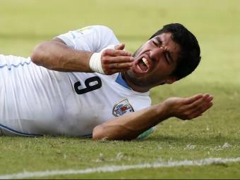 La del futbolista uruguaià Luis Suárez és la dentadura més famosa de l'estiu.  REUTERS