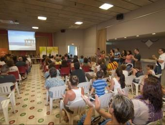 Una imatge de la presentació pública de l'associació Lola, de Caldes, al Casino, dissabte EL PUNT AVUI