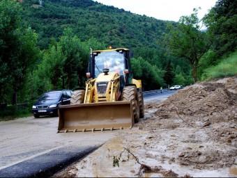 L'esllavissada ha obligat a tallar un carril de la carretera, a pocs quilòmetres de Rialp ACN