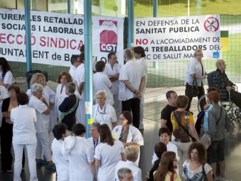 Jornades de vaga a l'Hospital del Mar de Barcelona per demanar la fi de les retallades.  JOSEP LOSADA