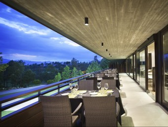 El restaurant-lounge a l'aire lliure està pensat per a les nits d'estiu i només està obert de dijous a dissabte. EL PUNT AVUI