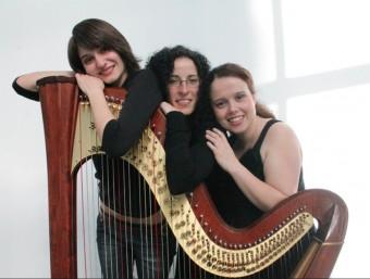El trio 52 Cordes actua avui a Palol de Revardit ARXIU
