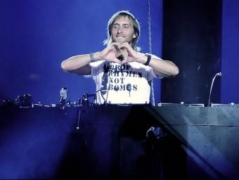El festival comptarà amb els discjòqueis David Guetta, Avicii i Steve Angello, que actuen a partir de la mitjanit ARXIU