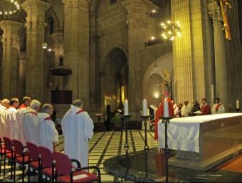 Missa concelebrada a la catedral de Lleida amb el bisbe, preveres de la diòcesi i laics que donen suport a la cerimònia PAERIA