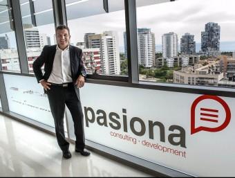 El director general de Pasiona, David Teixidor, a la seu de la companyia a Barcelona  JOSEP LOSADA