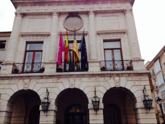 Façana de l'Ajuntament de Gandia. ESCORCOLL