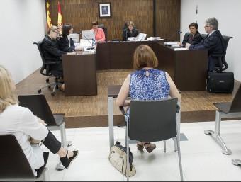 Una compareixença a un jutjat mercantil de Barcelona.  JOSEP LOSADA